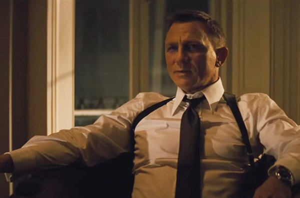 spectre-james-bond-2015-billboard-650-02